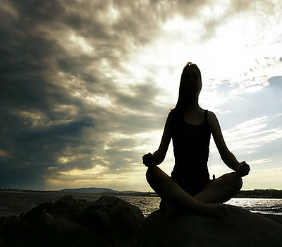 meditation-woman-zenenzin